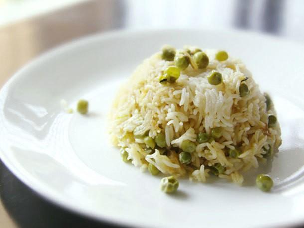 Basmati Rice and Pea Pilaf (Peas Pulao) Recipe