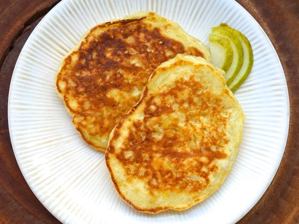 Sunday Brunch: Rum and Pear Pancakes