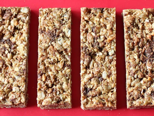 Gluten-Free Tuesday: Chewy Granola Bars