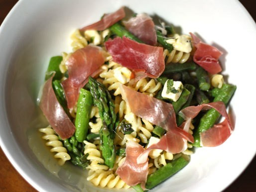 Dinner Tonight: Cheese Curd, Asparagus, and Prosciutto Pasta Salad