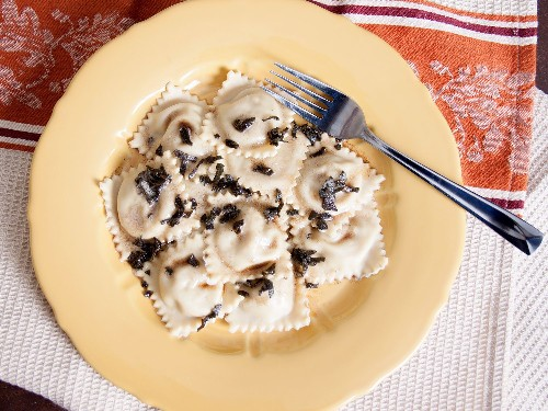 Homemade Butternut Squash and Blue Cheese Ravioli With Sage Brown Butter Sauce Recipe