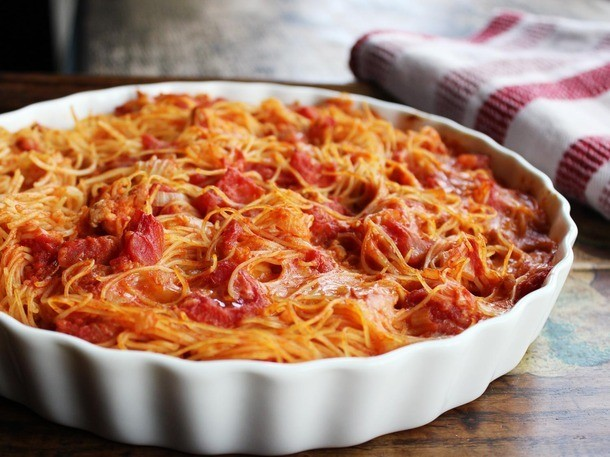 Chicken Dinners: Baked Spaghetti With Chicken (Spaghetti Pie)