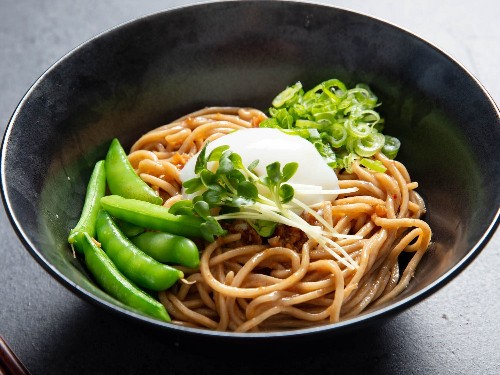 XO Mazemen: Mix It Up With a Broth-less Ramen