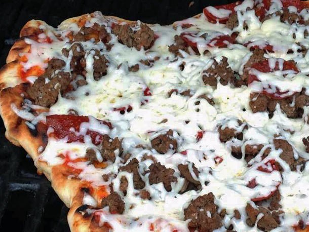 My Pie Monday: Smoked Pork Shoulder Pizza, Bulgogi-Pineapple Pie, BBQ Chicken, and More!