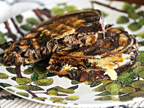 Short Rib, Caramelized Onion, and Gouda Grilled Cheese Recipe