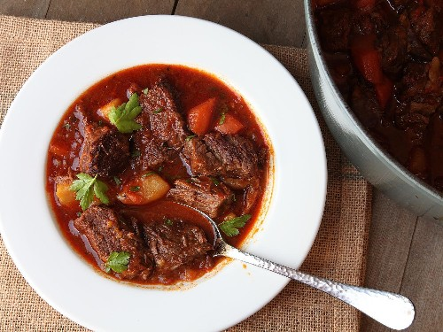 Hungarian Goulash (Beef Stew With Paprika) Recipe