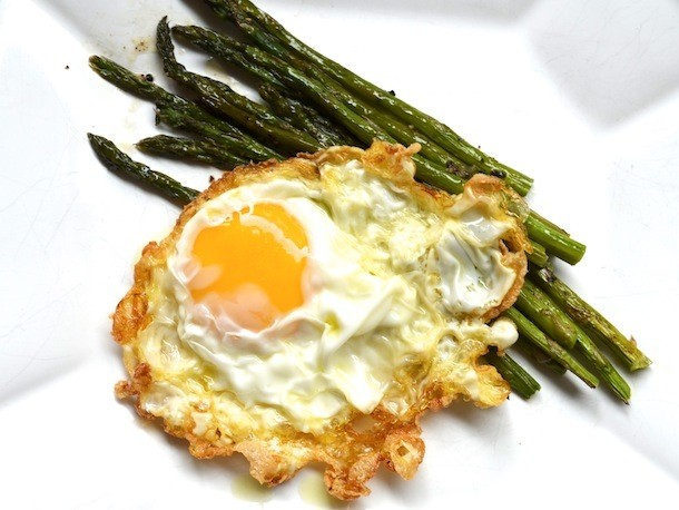 Olive Oil-Fried Eggs With Asparagus Recipe