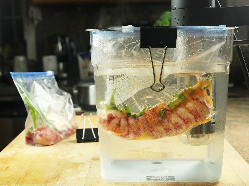 The Food Lab: For the Best Lobster Rolls, Go Sous Vide