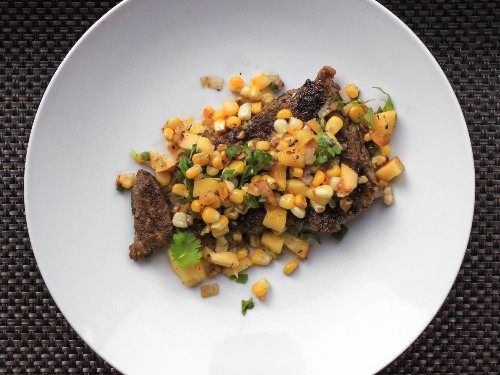 One-Pot Wonders: Skirt Steak With Spicy Corn and Peach Salsa