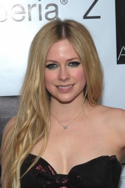 Avril Lavigne fills three rooms with Hello Kitty memorabilia