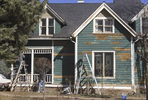 Remodeling? 5 Crucial Tips for Exterior Painting