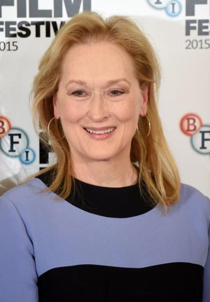 Meryl Streep criticized by activists over 'slave' T-shirt