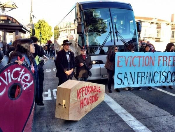 Tech buses blocked, vandalized in protests