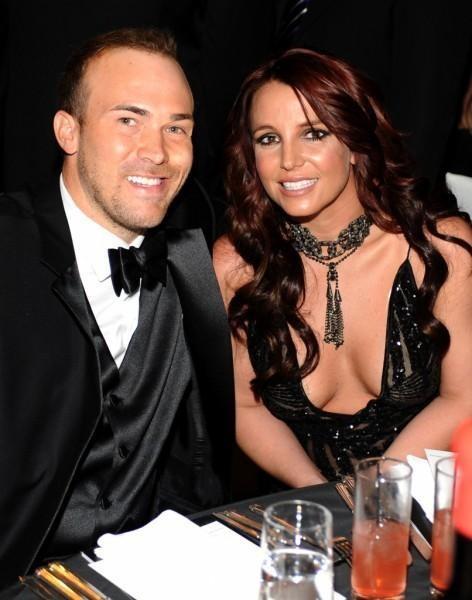 Britney Spears splits from boyfriend