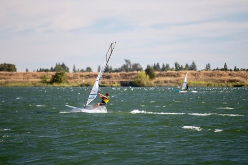 Lake Washington Windsurfers Carve Their Niche