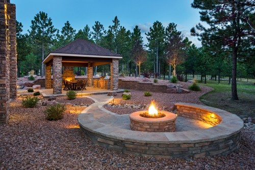 Outdoor Oasis: 7 Tips for Creating a Luxury Backyard Patio