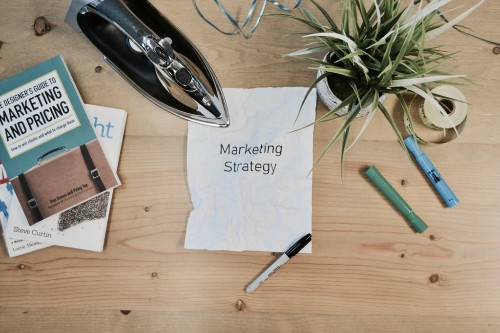 Is a Hyperlocal Marketing Strategy Right for Your Business? 7 Things You Need to Know