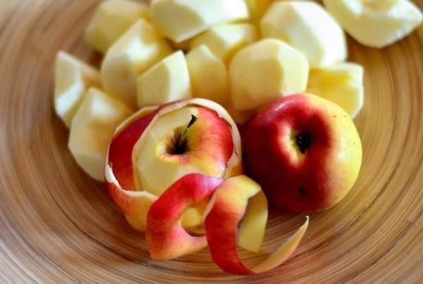"""如何防止切开的苹果""""生锈""""?"""