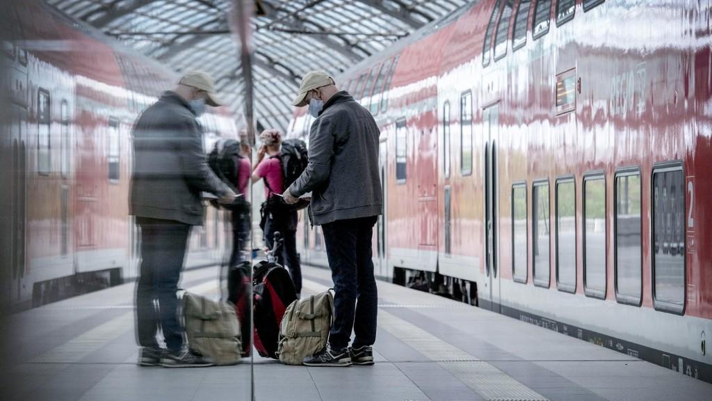 NRW führt 150-Euro-Bußgeld für Verstoß gegen Maskenpflicht in Bus und Bahn ein