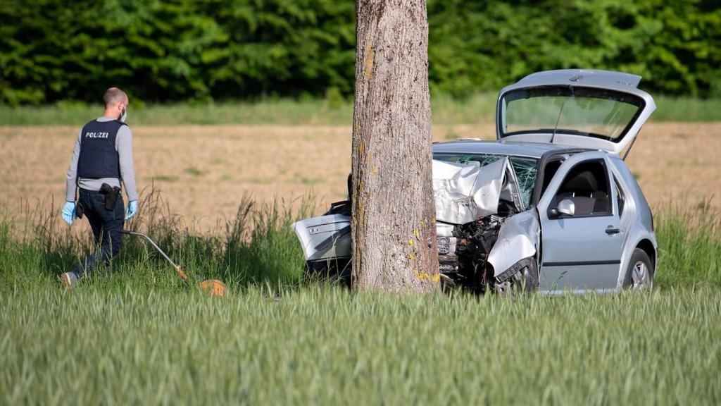 43-Jähriger fährt in Bayern mit Auto in Fußgängergruppe und erfasst fünf Menschen