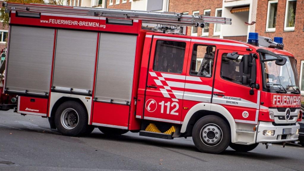 Hakenkreuz-Bilder und rassistische Sprüche: Extremismusvorwürfe gegen Bremer Feuerwehr