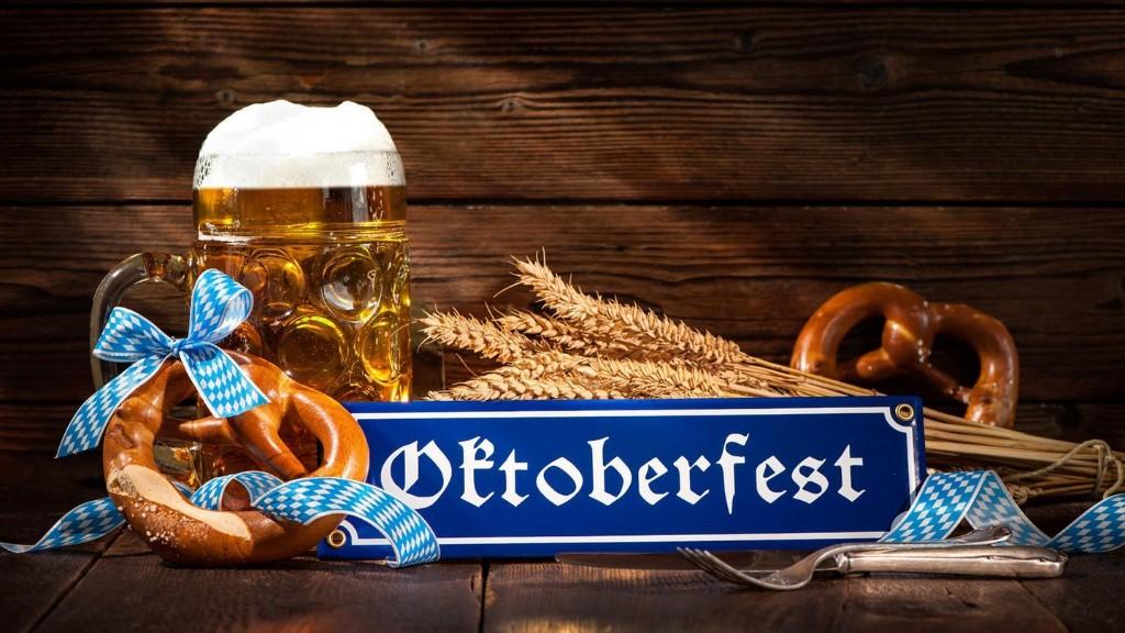 Oktoberfest-Deko: So holen Sie sich das bayerische Flair nach Hause