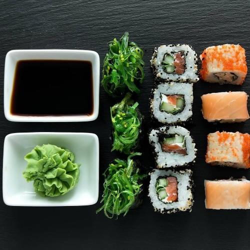 Schärfe fürs Sushi: Warum Wasabi (fast) immer eine Fälschung ist