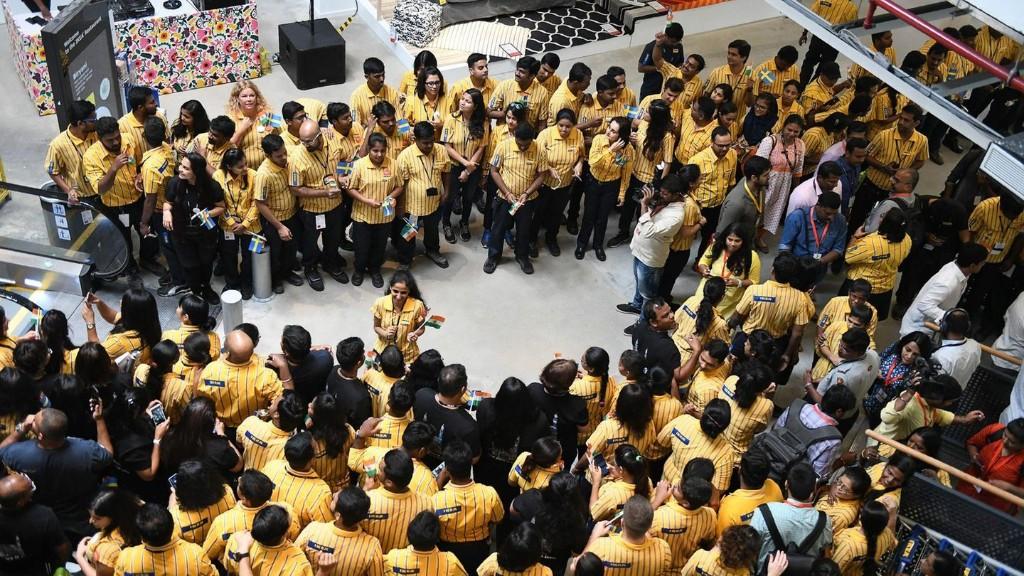 Ansturm auf Möbelhaus: IKEA eröffnet seine erste Filiale in Indien - und die ist ganz anders