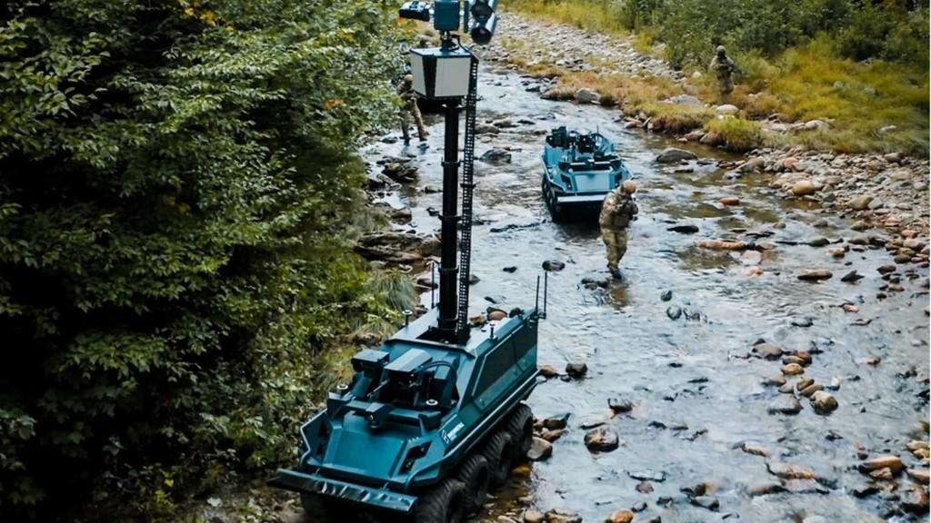 Wolfsrudel – Rheinmetall stellt bewaffneten Kampfroboter vor
