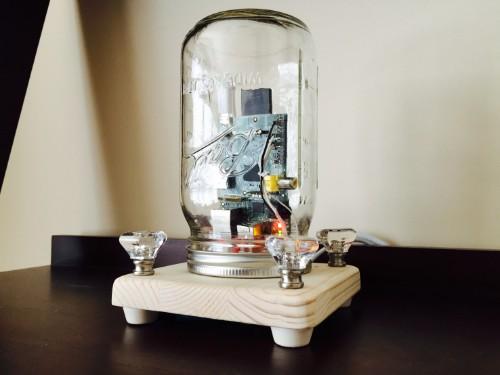 利用 Raspberry Preserve 将你的文件备份在玻璃瓶里面
