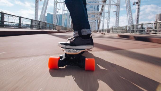 Boosted Boards:爬坡都没问题的电动滑板