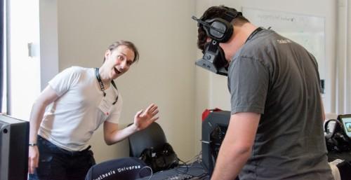 Oculus VR 创始人:Oculus Rift 消费者版定于明年一季度发货
