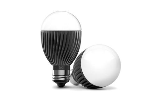Misfit 发布 50 美元智能灯泡 Bolt,可用作闹钟
