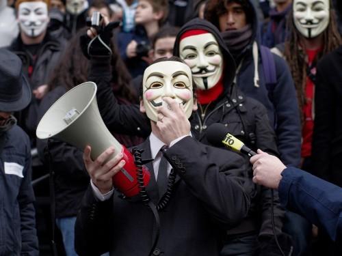 """""""匿名者""""泄露一份包含大量密码以及信用卡账号的清单"""