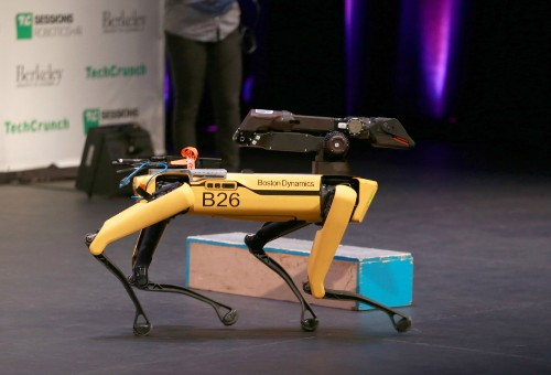 波士顿动力正式发售 Spot 机器人 | TechCrunch 中文版