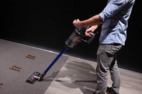 Dyson launches a vacuum with better battery, a desk lamp and a personal air purifier