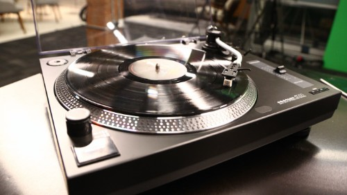 Crosley's First Direct Drive Turntable Doesn't Disappoint