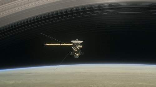 Cassini successfully dives between Saturn and its rings