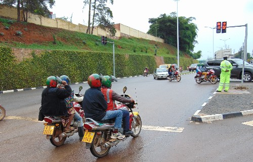 Rwanda to phase out gas motorcycle-taxis for e-motos