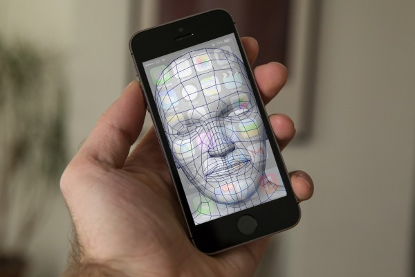 Apple Patents Face Recognition Tech For Enhanced iPhone Privacy And Automated Controls