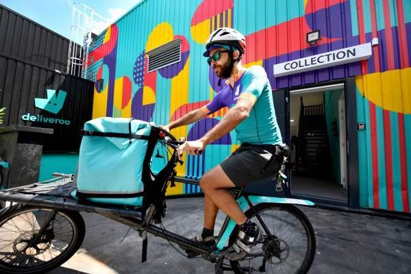 Deliveroo opens its first shared kitchen in Paris