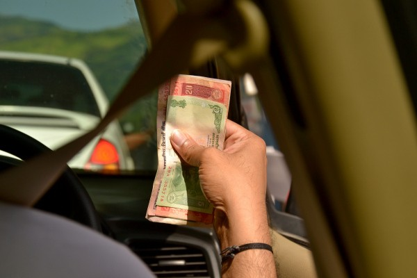 Uber Is Testing Cash Payments In India