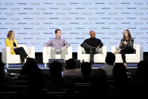 8 tips for founders trying to raise their first round of venture capital