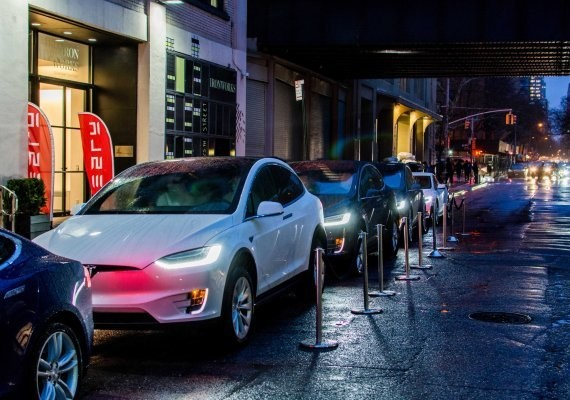 Tesla deliveries grow 70 percent sequentially to 24.5K cars in Q3