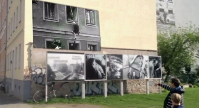 Timetraveler App Allows You To See The Berlin Wall Story In Augmented Reality