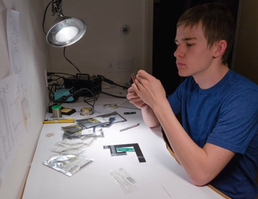 Colorado High Schooler Invents Smart Gun That Unlocks With Your Fingerprint