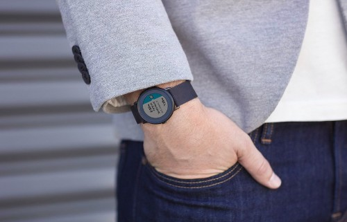 Pebble Debuts Its First Round Smartwatch With The Pebble Time Round