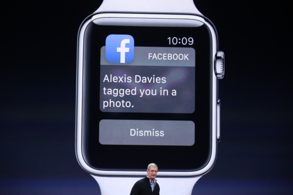 What Facebook, Instagram, Twitter And WeChat Look Like On The Apple Watch