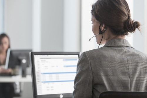 Salesforce update brings AI and Quip to customer service chat experience
