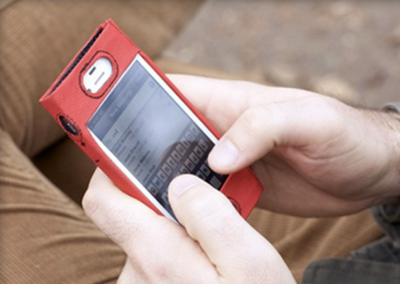 Want To Be Diffr3nt? Try Out This Eco-Friendly Canvas iPhone Case